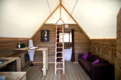 Intérieur Cocoon 4/6 personnes au glamping Camping Les Moulins à La Guérinière Pays de la Loire