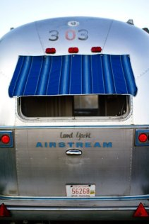 Aistream Blue Moon au glamping Belrepayre Airstream & Retro trailer Park à Manses en Midi-Pyrénées