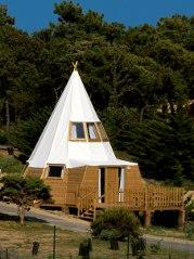 Magic Tipi au glamping Domaine le Midi à Barbatre en Vendée