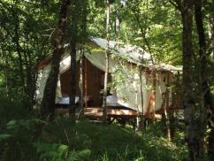 Dormir dans une tente safari ou tente lodge