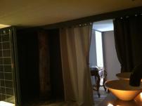 Salle de bains à la bergerie au glamping Noct'en bulle à Cabrerets en Midi-Pyrénées