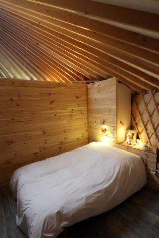 Chambre yourte au glamping La Terre du milieu à Saint-Martin-d'Uriage en Rhône-Alpes