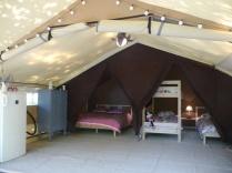 Tente Lodge au glamping La Téouleyre à St-Julien-en-Born en Aquitaine