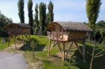 Cabanes sur pilotis au glamping Camping Sandaya à Maisons-Laffitte en Ile-de-France