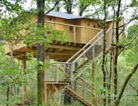 Maison dans les branches au glamping Défi'Planet de Dienné à Dienné en Poitou-Charentes