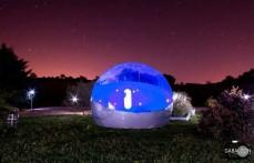 Bulle de nuit au glamping Les Chambres Bulles du Château Belvize à Bize Minervois en Languedoc-Roussillon