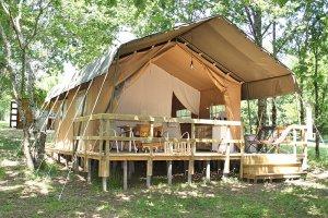 Tente Safari extérieure au glamping La Verte à Villars en Aquitaine