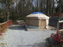Yourte 2 personnes au glamping Camping des Cerisiers à Guillac en Bretagne
