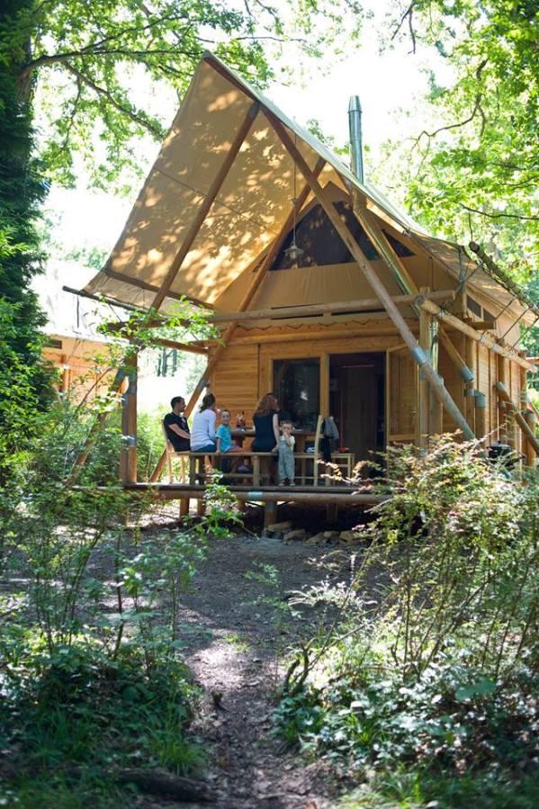 La Cahutte en pleine nature au glamping Huttopia à Senonches en Centre Val de Loire