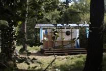Coin douche au glamping La Grande Oust à Bains sur Oust en Bretagne