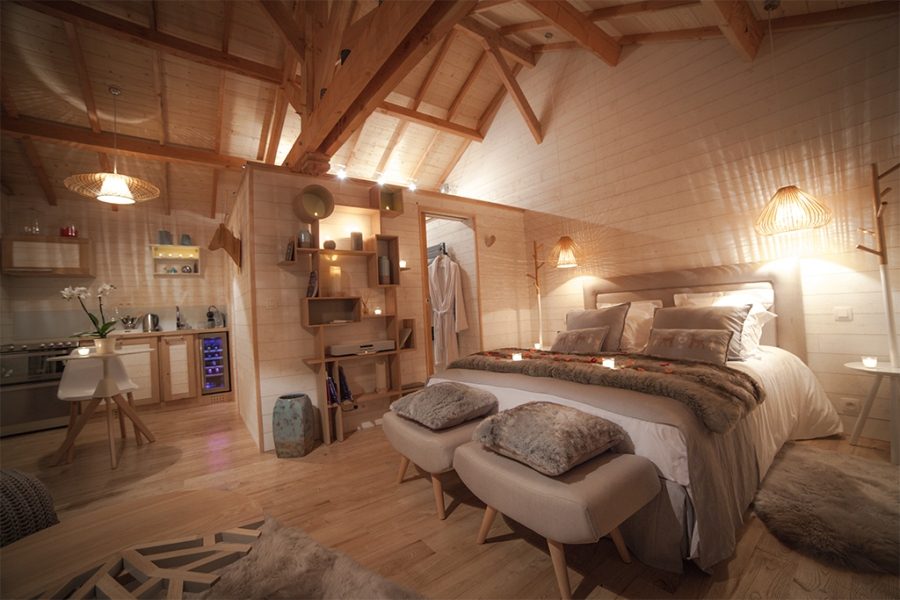 natura lodge glamping en france. Black Bedroom Furniture Sets. Home Design Ideas