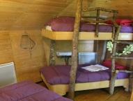 Chambre des cabanes dans les arbres au glamping Défi'Planet de Dienné à Dienné en Poitou-Charentes