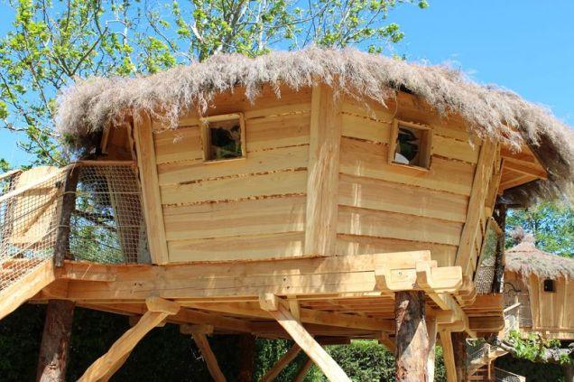 Cabane perchée au glamping Camping La Sorguette à Isle sur la Sorgue en Provence Alpes Côte d'Azur
